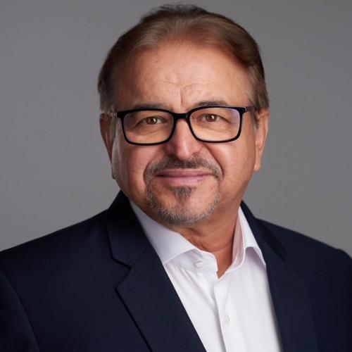 Dr. Seffer István Ph.D., HonDl