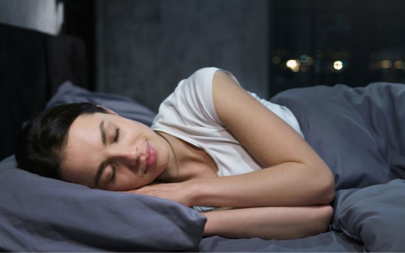 5 tipp, hogy jól aludj a plasztikai beavatkozások után
